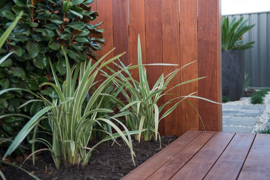 Garden Designs And Landscaping Instagardens Landsdale Banksai