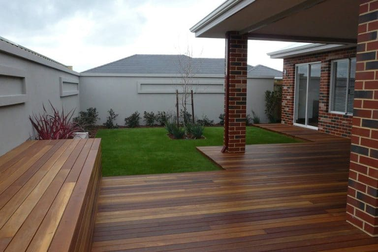 Garden Designs And Landscaping Instagardens Landsdale Decking